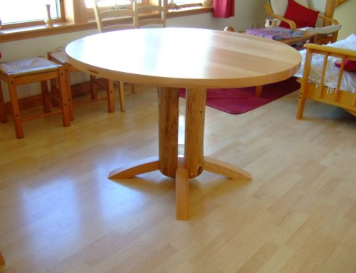 Circular Diningroom  Table
